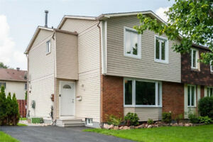 Beautiful Semi for Sale in Queenswood Village, Orleans