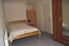 Huge rooms in 4 bed house only £750pcm!!!