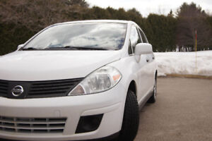 2009 Nissan Versa 1.8 SL, automatic, reliable and economical