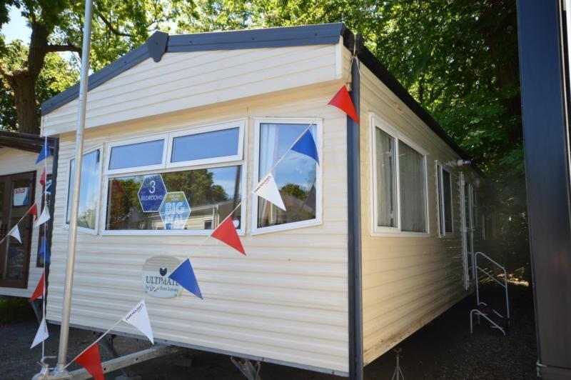 Static Caravan Hastings Sussex 3 Bedrooms 8 Berth Cosalt Baysdale Comfort 2005