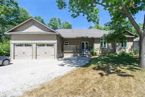Move Up to Deer Run in Grand Bend