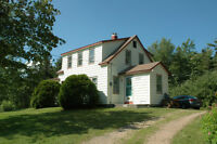 Farmhouse with lakefront for sale - West Clifford