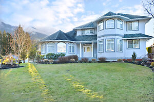Rosedale - 5bd 4bth home on private 1/4 acre lot