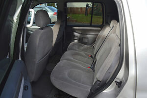 2004 Ford Explorer XLT SUV, Great Condition Prince George British Columbia image 9