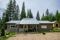 6670 Highway 97A, Enderby/Grindrod - Wonderful view!