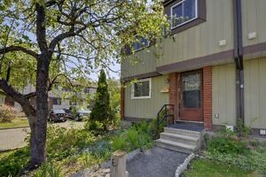 1974 Kelden, Blackburn - 3 Bdrm Townhome