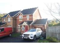 3 bedroom house in Robertson Drive, St Annes, Bristol, BS4 4RG