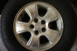 4 Avalanche X-Treme Winter Tires with Rims