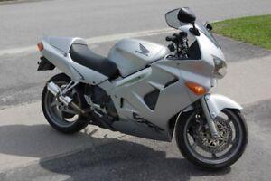 2001 Honda VFR 800 VFR800 (Certified)