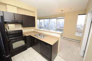 CONDO IN DOWNTOWN HIGH RISE