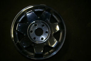 "17"" GM CHROME 6 BOLTS 5.5"" PATTERN"