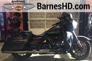0035d3f7db10c8 2018 Harley-Davidson FLHXSE - CVO Street Glide