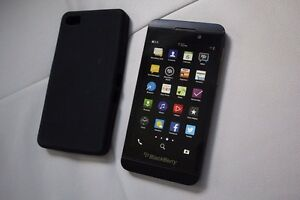 Blackberry Z10 16GB (Factory Unlocked) VERY LOW PRICE