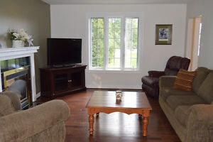 NEW PRICE 2 Story Brick Home 2 Car Garage on Glen Rd Cornwall Ontario image 3
