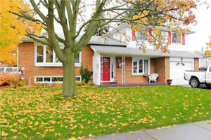 Beautifully Updated Sidesplit in Cobourg's West End