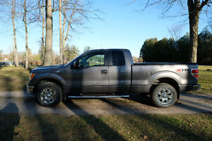 NEW PRICE - 2011 Ford F-150 XLT 4X4 Pickup Truck
