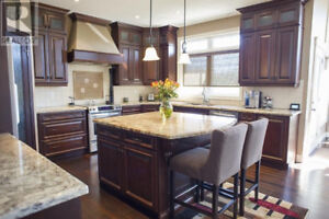 Georgous kitchen island with granite counter top