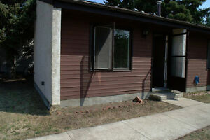One Bedroom Apt. for rent......located in Myrnam,Alberta..$750
