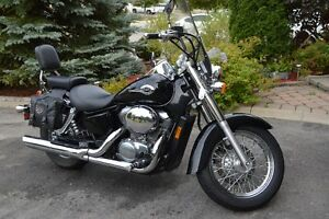 Honda Shadow Deluxe American Classic Edition Motorcycle,1999.
