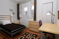 Jan 1 University STUDENT WANTED to share FURNISHED Condo