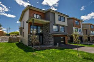 5 Bedroom House at Larry Uteck AVAILABLE NOW