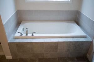 Drop in Mirolin Bath Tub - Inc Delta Faucet and drain connection