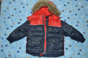 Winter Jacket 3T Tommy Hilfiger.