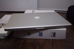 17'' MacBook Pro i7 + Extras/ box (RARE limited opportunity)