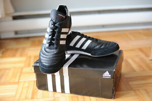 NEW ADIDAS SHOES INDOOR (GENUINE LEATHER),SIZE US 11 West Island Greater Montréal image 2