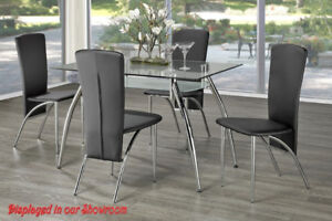 GLASS DINING TABLE WITH 4 BONDED LEATHER CHAIRS BLACK-RED-WHITE