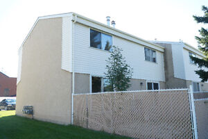 Riverbend 2 bed townhouse, First month free! Walk to daycare Edmonton Edmonton Area image 7