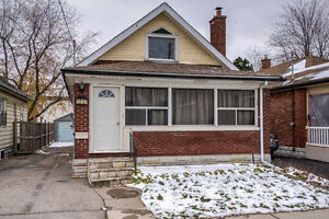 Cozy bungalow in Central London; a great investment! London Ontario image 1