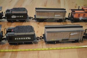 4 Train Set - 1986 New Bright Kitchener / Waterloo Kitchener Area image 3
