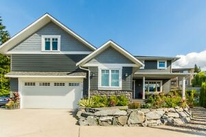 Salmon Arm - Custom Home with in law suite