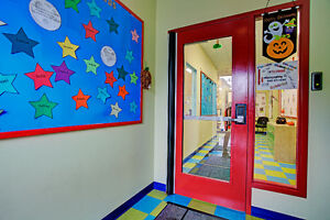 * Daycare * Garderie * Permit for 80 children, nice location! West Island Greater Montréal image 2