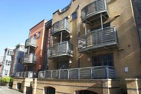 2 bedroom flat in The Metropolitan, Redcliff Backs, City Centre, Bristol, BS1 6NN