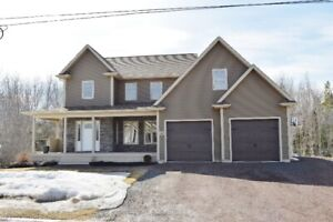 Shediac - In-law suit, Large lot with Pool and Brook
