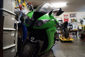 2009 ZX-10R - Mint Condition - 17330km