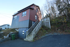 Two-bedroom flat near Armdale rotary  (small pet considered)