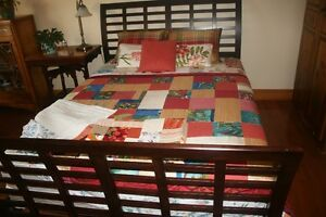 NEW QUEEN SIZE BED & SLEEP SET