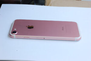 Rose Gold iPhone 7 32GB - MINT CONDITION