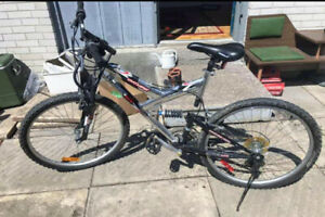 Mountain Bike with duel suspension