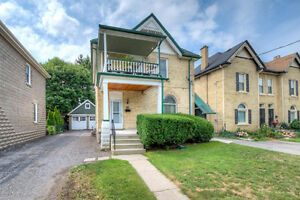 2 STORY DUPLEX IN WORTLEY VILLAGE.GREAT FOR INVESTMENT PROPERTY