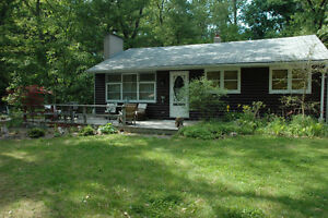 ~cute~ Cottage In Port Franks - Ontario, Canada weekly rental