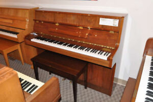 Piano Samick S-108S - 85 notes - Superbe.
