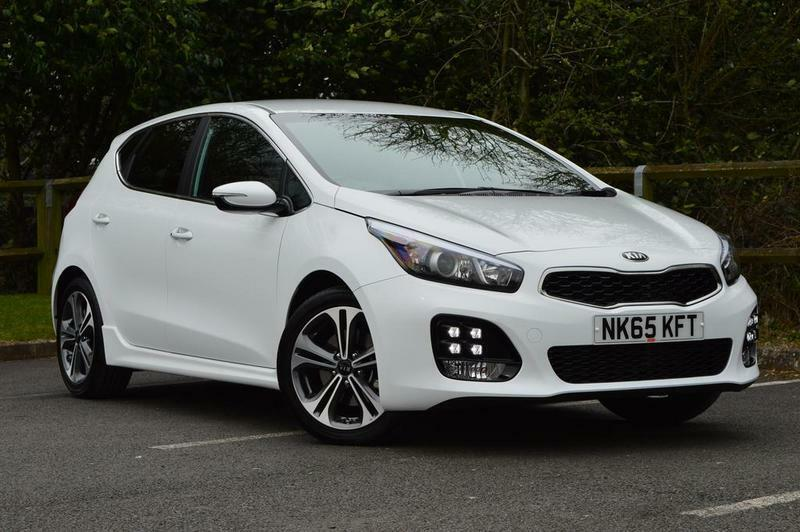 kia ceed 1 6 crdi isg gt line 5 door white 2016 in preston lancashire gumtree. Black Bedroom Furniture Sets. Home Design Ideas
