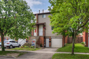 NO FEES TOWNHOUSE FOR SALE