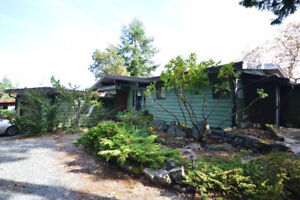 2615 Islands View Drive - For Sale