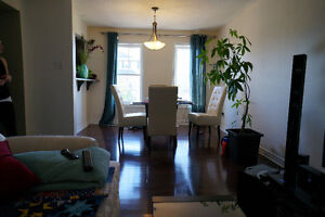 TOWNHOUSE FOR RENT, 5 MIN FROM CANADIAN TIRE CENTER