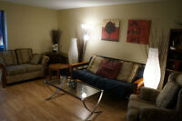 ROOM FOR RENT IN LARGE CONDO NEAR UTM (FEMALES ONLY)
